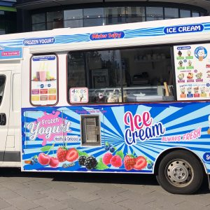 Frozen Yogurt & Ice Cream Truck